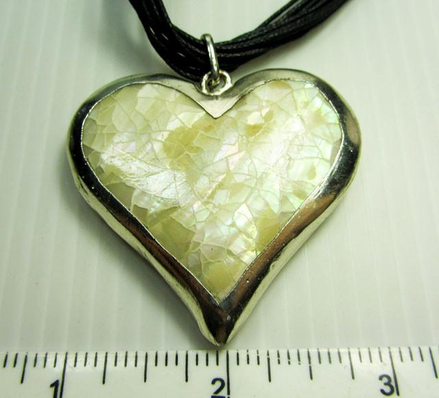 FASHION CUTE HEART    STYLE  NECKLACE    QT229