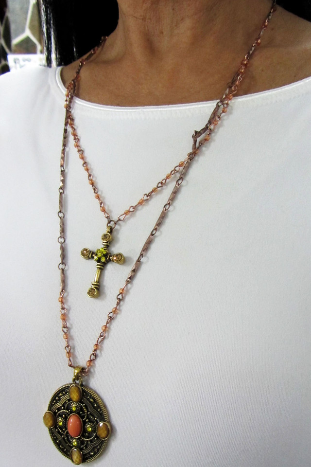 DUAL CROSS N SHIELD  FASHION    NECKLACE    QT 426