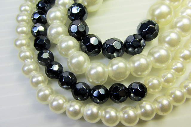 HIGH LUSTER PEARL NECKLACE  QT 437