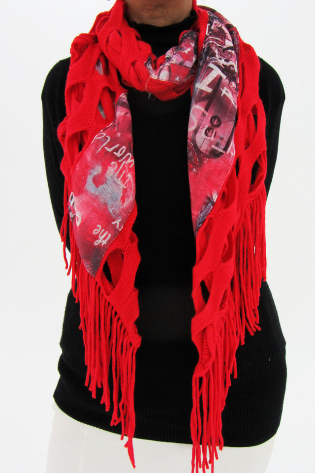 LONG RED COUNTRY STYLE  SCARF  QT 488