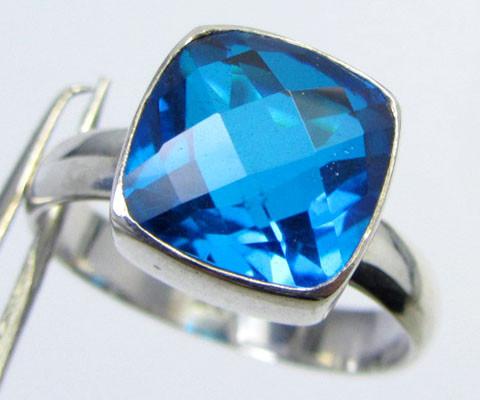 SEA BLUE  TOPAZ RING IN SILVER SIZE6.5   QT 503