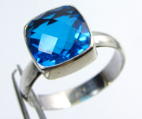 SEA BLUE  TOPAZ RING IN SILVER SIZE 7   QT 505