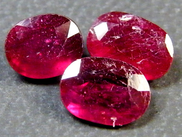 3.75 CTS PARCEL BLOOD RED RUBIES RM 373