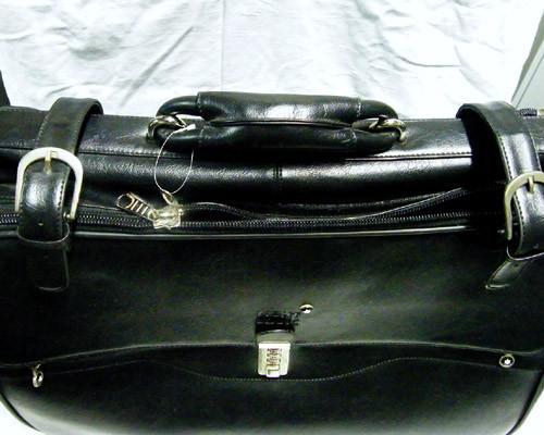 Large  Genuine Leather  Shoulder Bag on wheels   G