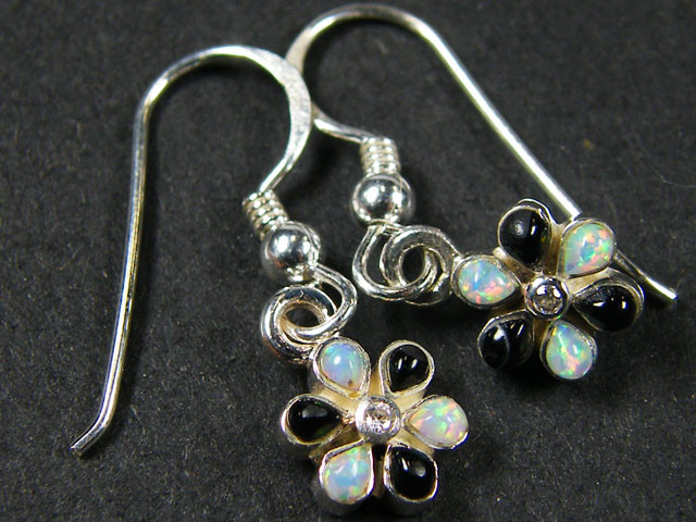 IMO OPAL/ONYX CLUSTER   STERLING SILVER EARRINGS     MYT669