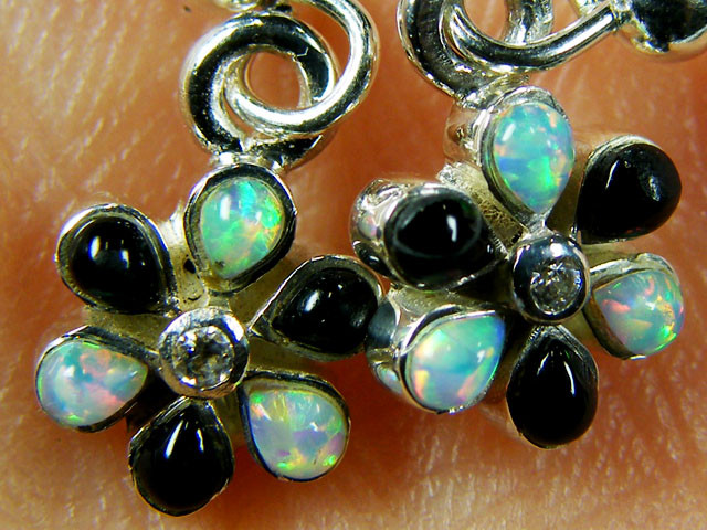 IMO OPAL/ONYX CLUSTER   STERLING SILVER EARRINGS     MYT670