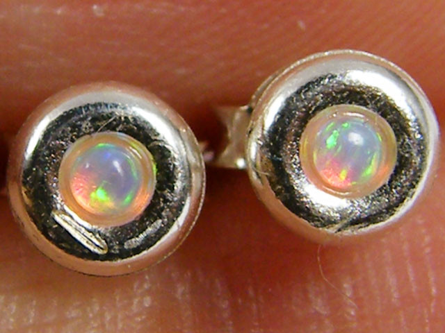 MODERN IMO OPAL   SILVER EARRING    MYT 826