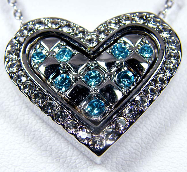 BLUE CRYSTAL HEART 18K WHITE GOLD PLATED PENDANT GTJA654 ML