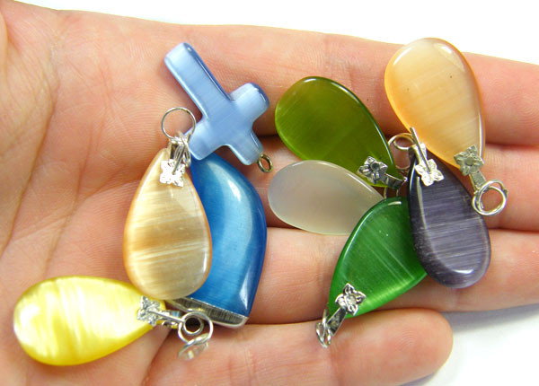 TEN  PRETTY  MULTI COLOUR PENDANTS  AAA 2506
