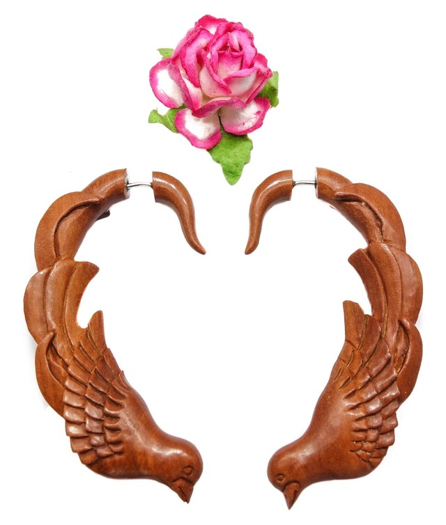 Love Birds Fake Gauge Earrings Brown Sono Wood