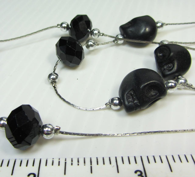 SKULL NECKLACE WITH MATCHING EARRINGS  QT105