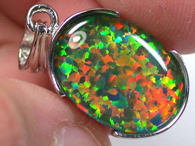 BEAUTIFUL MAN MADE GEM OPAL PENDANT ML539