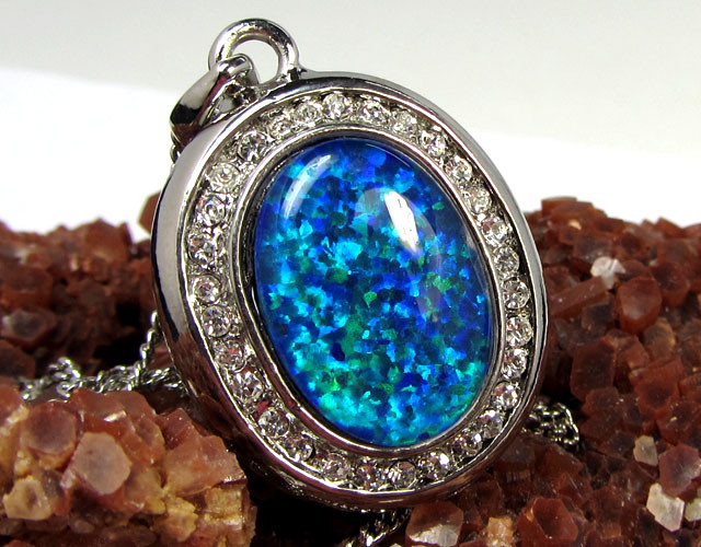 ATTRACTIVE OPAL PENDANT CSS 100