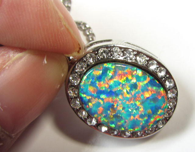 ATTRACTIVE OPAL PENDANT CSS 115