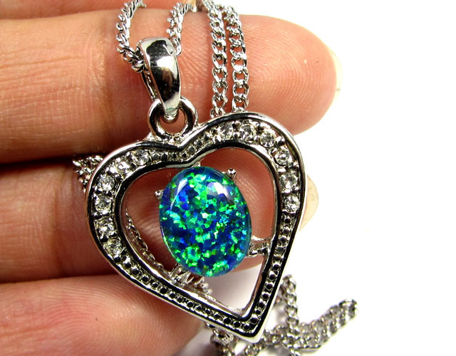 ATTRACTIVE OPAL  FASHION PENDANT CSS 179