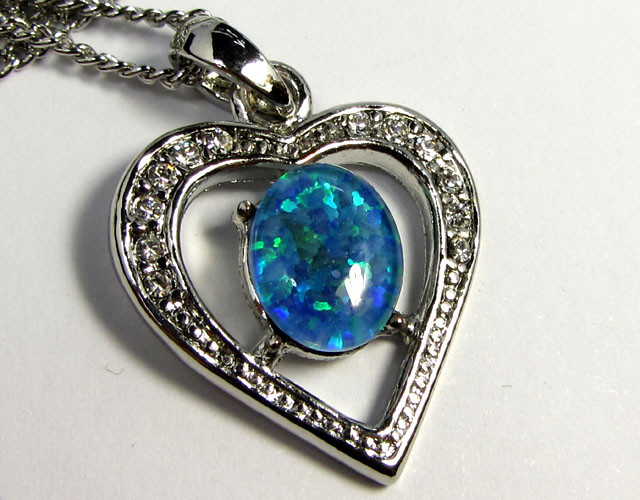 ATTRACTIVE OPAL  FASHION PENDANT CSS 180