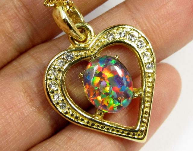 ATTRACTIVE OPAL  FASHION PENDANT CSS 208