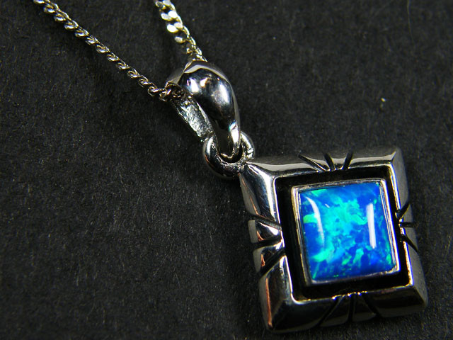 IMO OPAL   STERLING SILVER PENDANT    MYT632