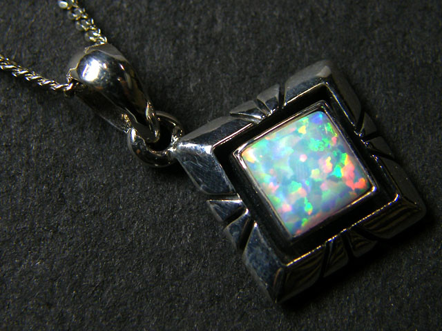 IMO OPAL   STERLING SILVER PENDANT    MYT637