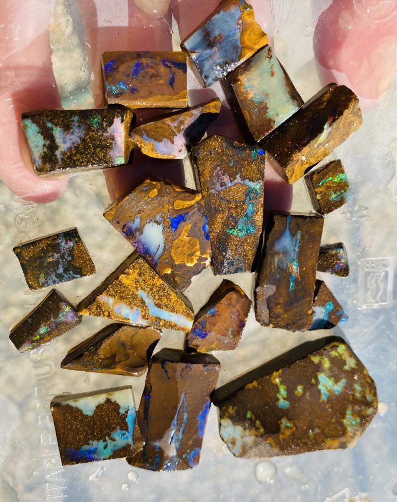364 Cts Queensland Boulder opal rough Parcel  CH 371