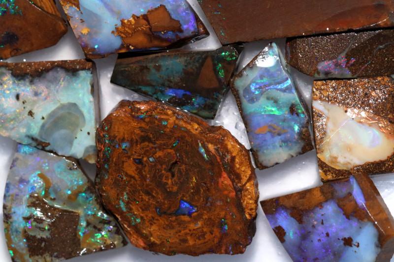 Cts  Slice 20   pcs  Boulder opal rough Rub  CH 655