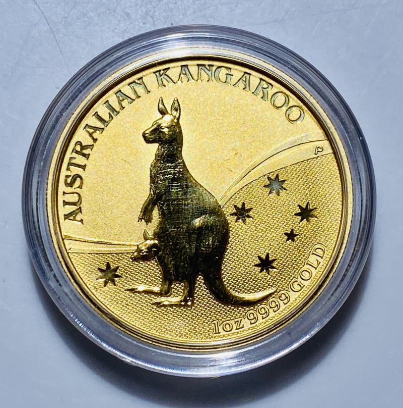 Perth Mint Australian Kangaroo One Ounce 99.99 % pure gold 2009