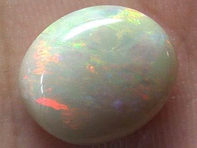 4.5 Cts    Australian  Crystal Opal L2847