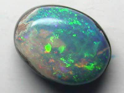 1.35 Cts    Australian  Doublet Shell Opal Fire L2564