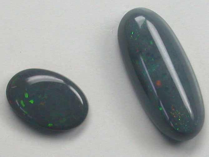 0.75 Cts   Australian  Black Opal Pair L2882