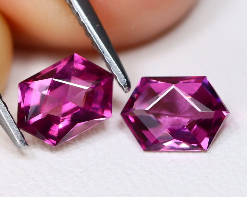 1.52 Cts Parcel of 2 Umbalite Garnet  CCC 385