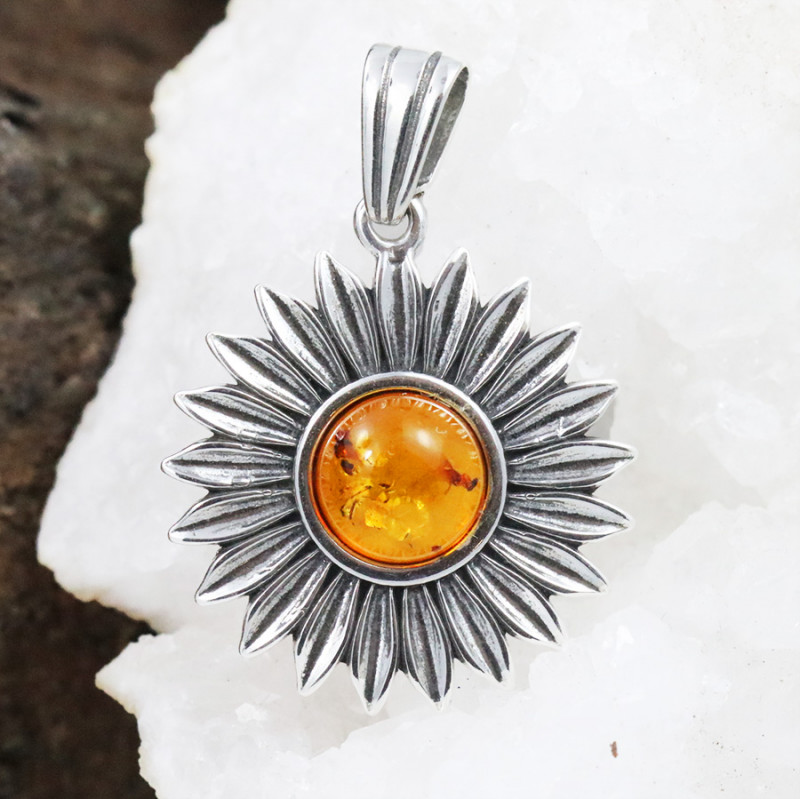 Baltic Amber Pendant , direct from Poland RN217