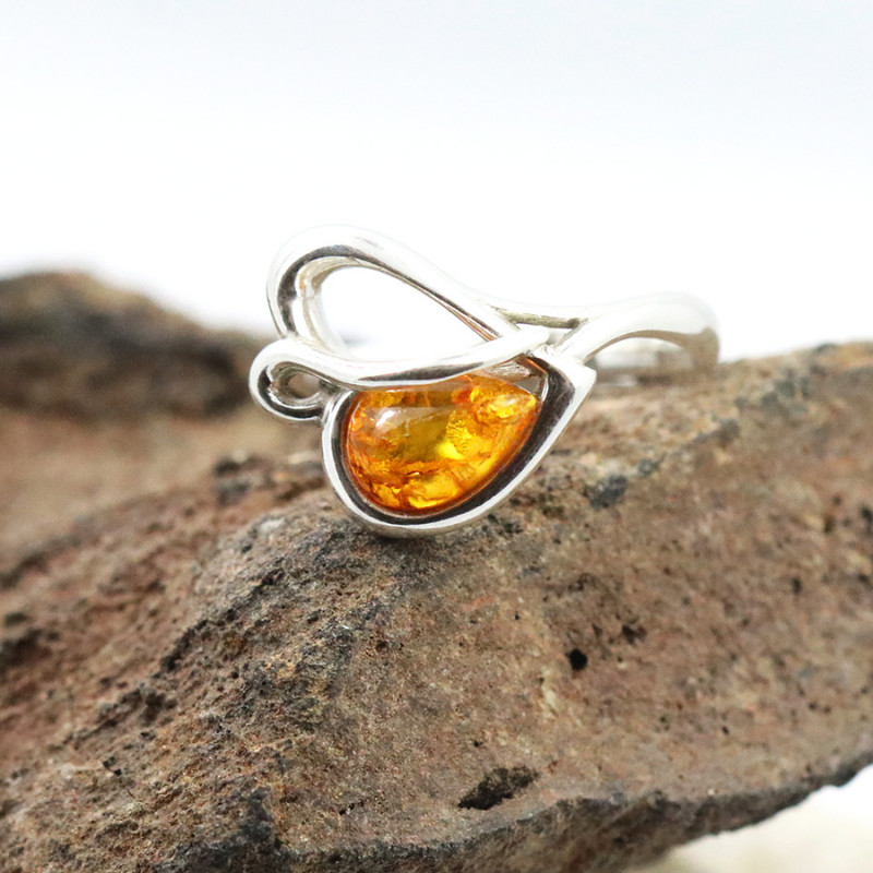Baltic Amber Ring, direct from Poland SIZE 7 RN521