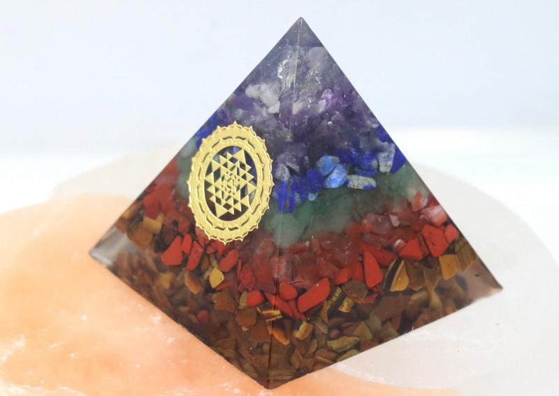 5 cm Seven Chakra Gemstone Pyramid AHA 107