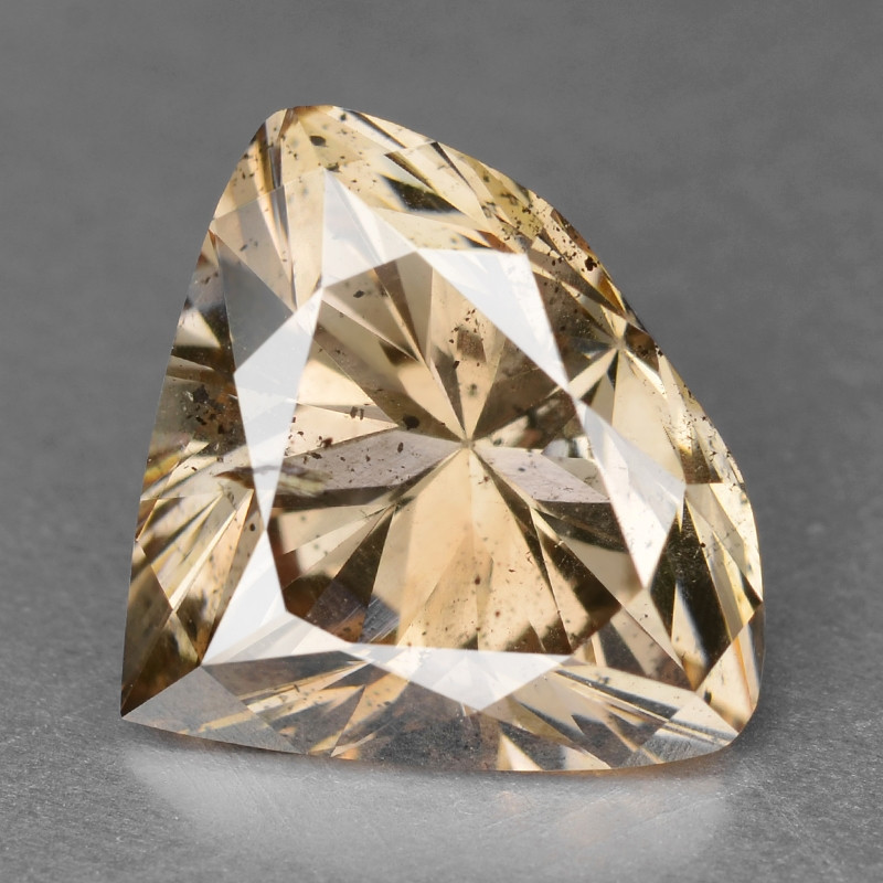 Diamond 1.68 Cts Sparkling Natura; Fancy Pinkish Brown Color