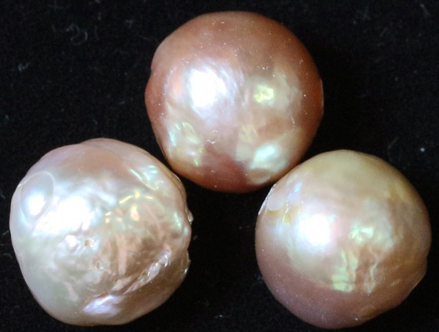 23.40 cts 3 natural Apricot Pearls   11mm PPP 815