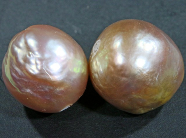 10 mm graded high luster pair pearl PP392