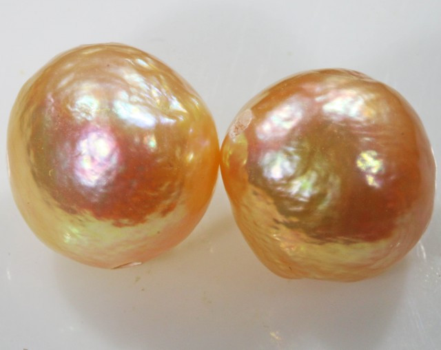 10 mm graded high luster pair pearl PP395