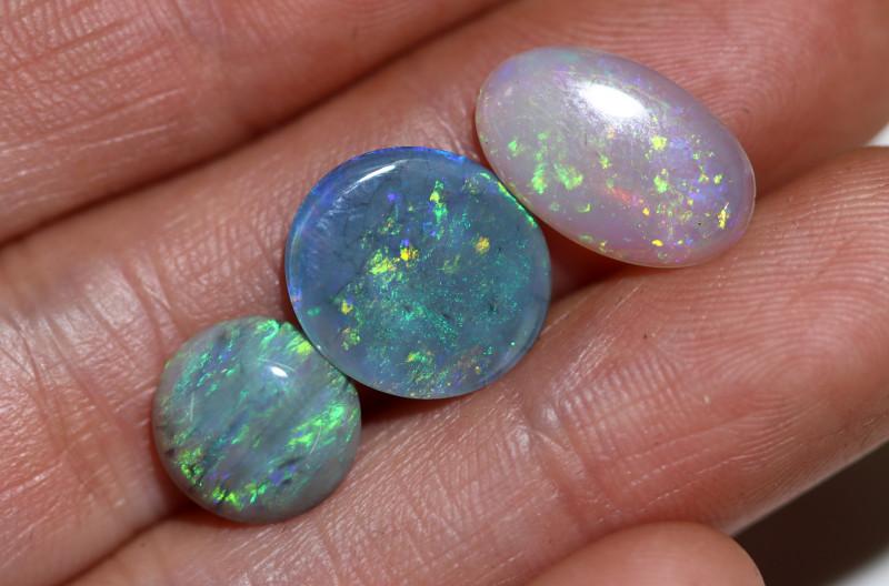 5.85  Cts3  australian Black n Crystal mix parcel Opal OPJ 3031