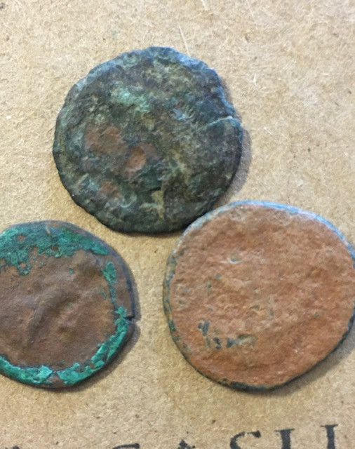 Find your Own treasures   Three ancient coins Uncleaned CP 389