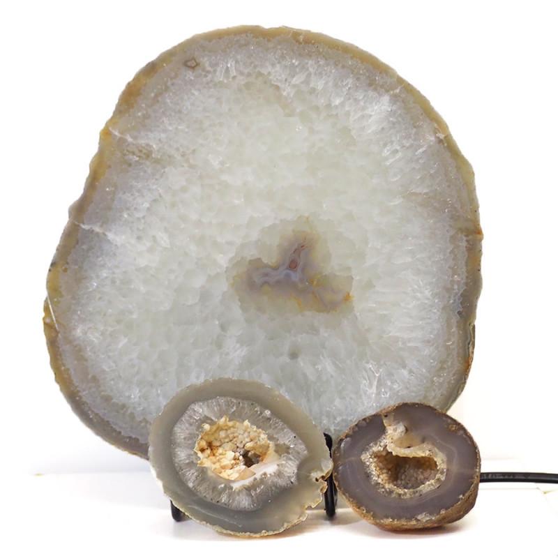 1.17kg Sliced Brazilian Crystal Agate Lamp with Crystal Specimen J116