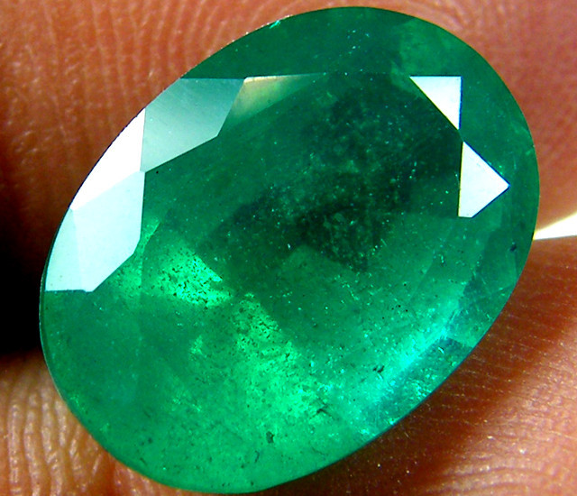 LOOKS REAL! OVAL BYRON DOUBLET EMERALD 7.15 CARATS AAT8