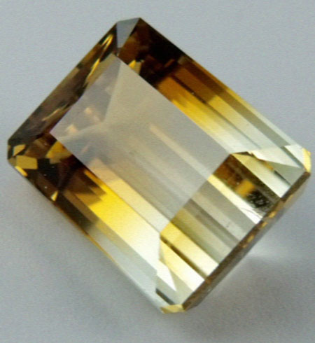 13.65 CTS BI COLOR GEMSTONE (SYNTHETIC CITRINE   PG 83