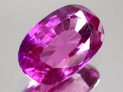 4.85 CTS BRIGHT COLOR GEMSTONE (SYNTHETIC SAPPHIRE )  PG 36