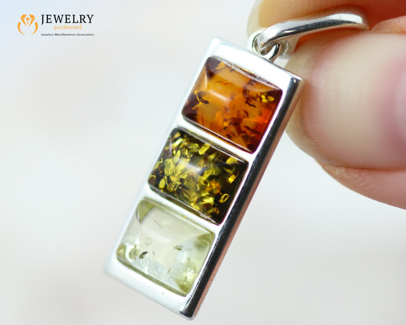 2Cts Baltic Amber Sale, Silver Pendant - AM 2048