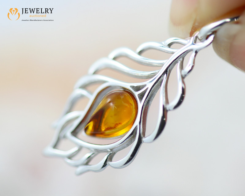 1Cts Baltic Amber Sale, Silver Pendant - AM 2064