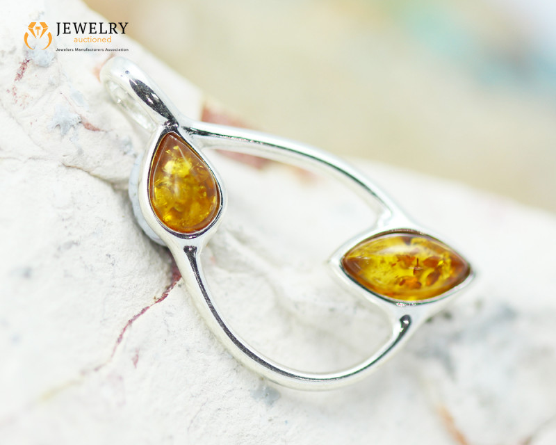 2Cts Baltic Amber Sale, Silver Pendant - AM 2080