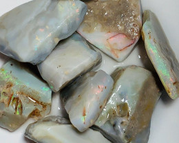 Big Size Rough Seam Opals with Colours & Good Potential