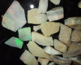 Approx 104 cts Mintabie Opal