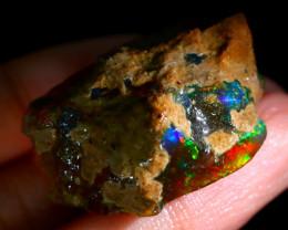 88Ct Rainbow Flash Fire Gamble Rough Delanta Crystal Opal Rough D2110