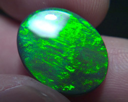 8.55 cts super bright Lighting Ridge Solid Gem Black Opal